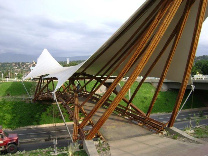 Bambusbrücke Kolumbien Medellin