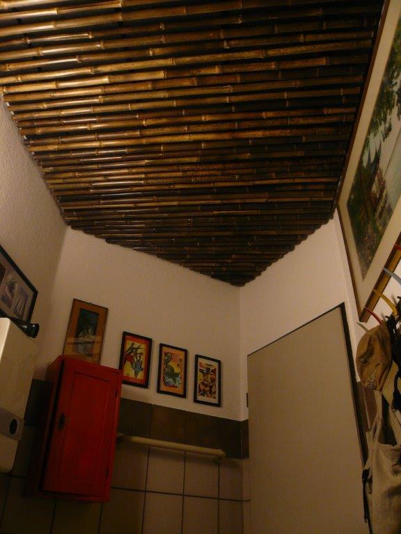 Bambusstäbe als abgehangene Decke Schwarzrohrbambus Nigra vom Bambus-Onlinehandel CONBAM
