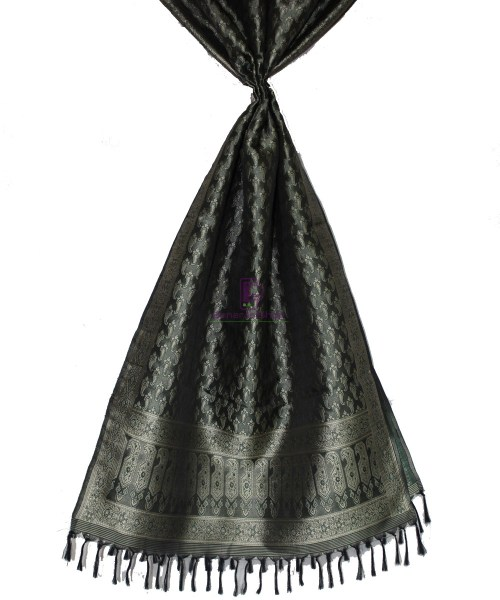 Handwoven Tanchoi Banarasi  Silk Stole in Black 4