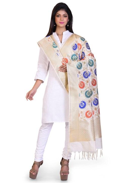 Woven Banarasi Art Silk Kimkhab Dupatta in Cream 5