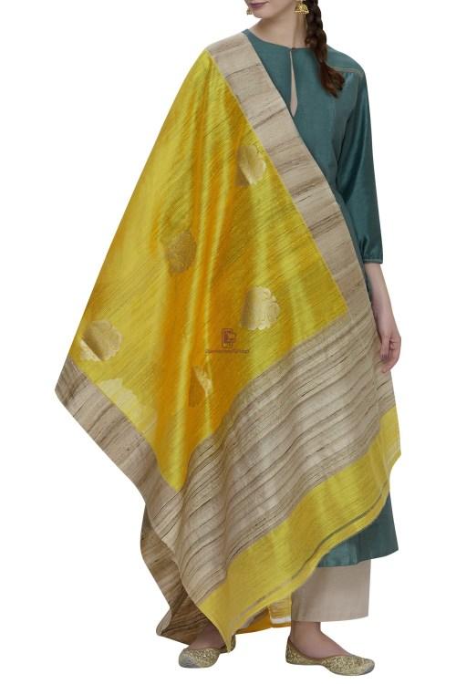 Banarasi Pure Dupion Silk Handloom Yellow Dupatta With Khichha Pallu 3