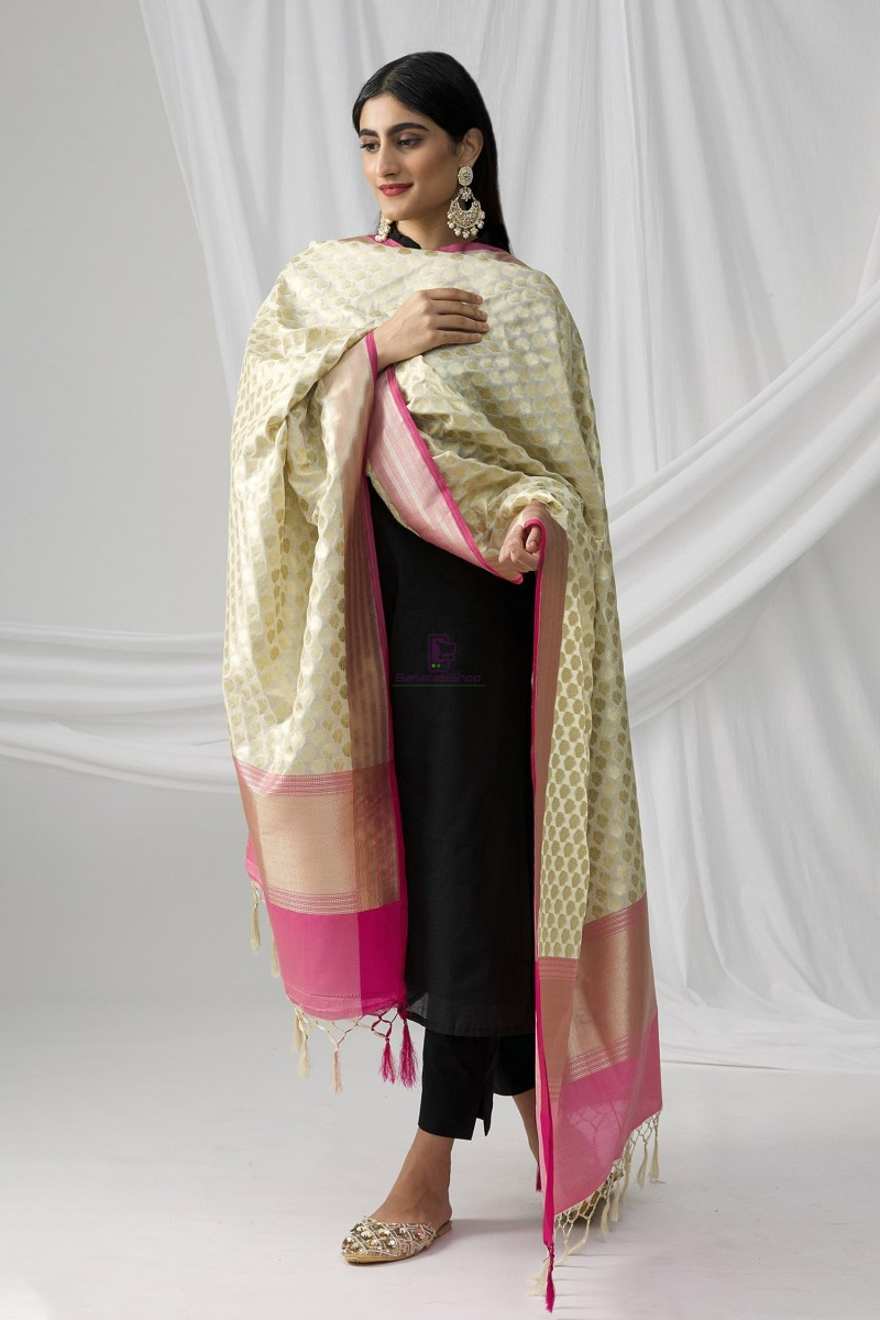Woven Banarasi Art Silk Dupatta in White 2