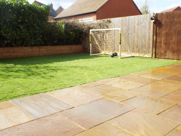 Artificial Grass - Banbury Gardeners