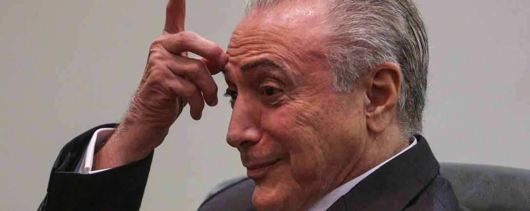 Michel-Temer-passa-mal-e-é-levado-para-centro-cirúrgico-em-Brasília