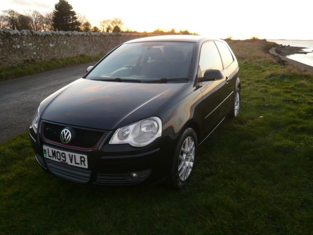 VOLKSWAGEN POLO AUTOMATIC 1.4 PETROL