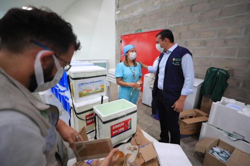 Manaus tem 15 postos de vacinação em mutirão para pessoas com 18 anos ou mais