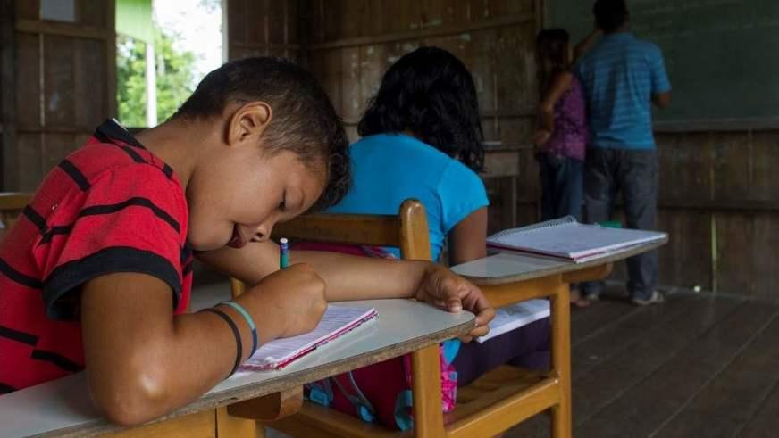 Investimento de 400 milhões é feito na educação por meio do programa Educa+Amazonas