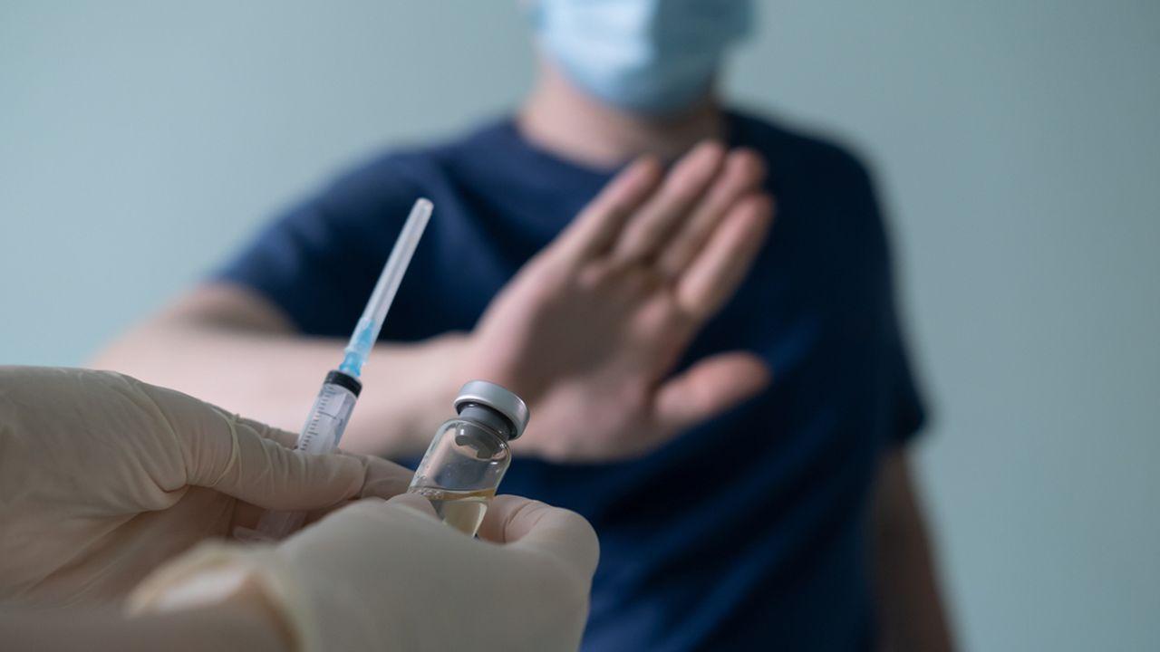 Preferência por vacina atrasa imunização em Manaus, alertam especialistas