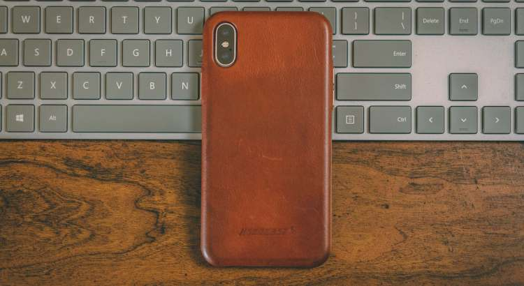 iPhone X case review: Jisoncase