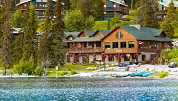Pyramid Lake Resort
