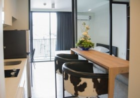 Maestro 02 Ruamrudee – Bangkok condo for rent | 10 mins walk to Ploenchit BTS | 400 m. to All Seasons Place