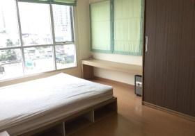 Life @ Sukhumvit 65 – condo for rent near Ekkamai-Phra Khanong BTS | unobstructed eastern views, bathtub, separate kitchen
