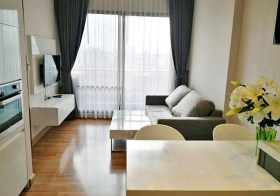 Ivy Ampio condo | 3-10 mins walk to Thailand Cultural Centre-Rama 9 MRT | bathtub + washer | 450 m. to True Tower