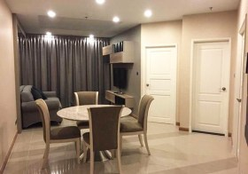 Supalai Wellington  condo | shuttle service to Thailand Cultural Center MRT |  fitted kitchen with stove, washing machine