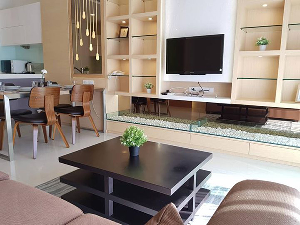 Q Langsuan (คิว หลังสวน) คอนโดให้เช่า – Bangkok condo for rent | 8 mins walk to Chit Lom BTS (Chidlom ชิดลม) | full kitchen with oven, washer, bathtub