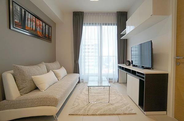 The Lofts Ekkamai (เดอะ ลอฟท์ เอกมัย) คอนโดให้เช่า – Bangkok condo for rent | 260-550 m. to Ekkamai-Phra Khanong BTS | short walk to shopping malls and eateries