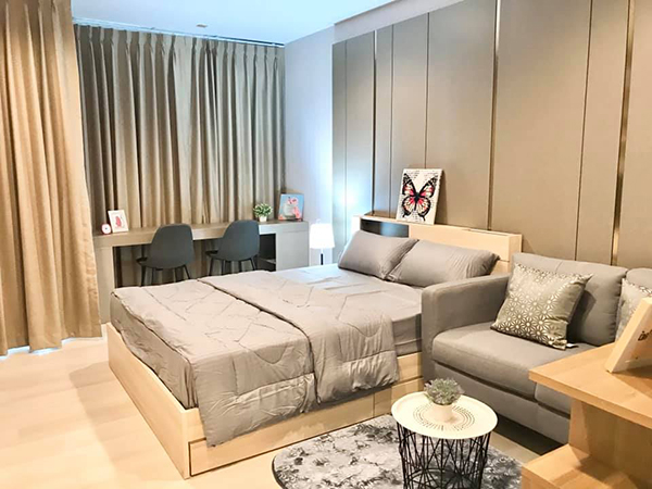 Life One Wireless (ไลฟ์ วัน ไวร์เลส) คอนโดให้เช่า Bangkok condo for rent | shuttle service to Phloen Chit BTS (เพลินจิต) | south-east facing | garden view | 900 m. to Ploenchit tower