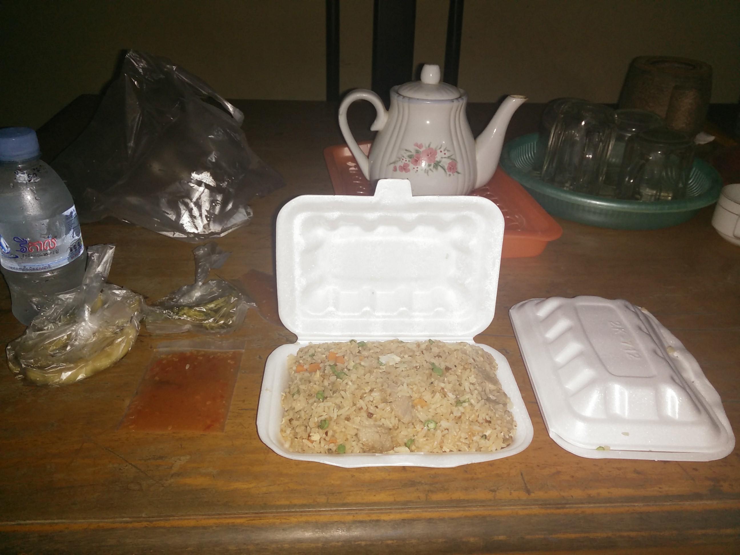 Double repas offert par les moines