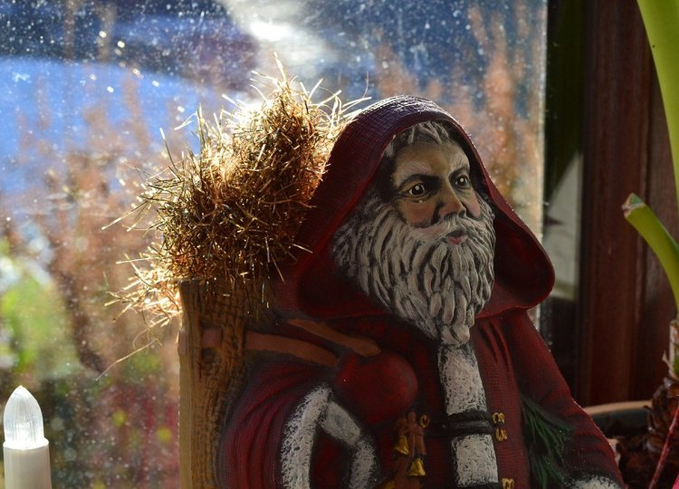 Santa Clause Model, Traditions of Christmas in Northern Ireland, Bangor NI
