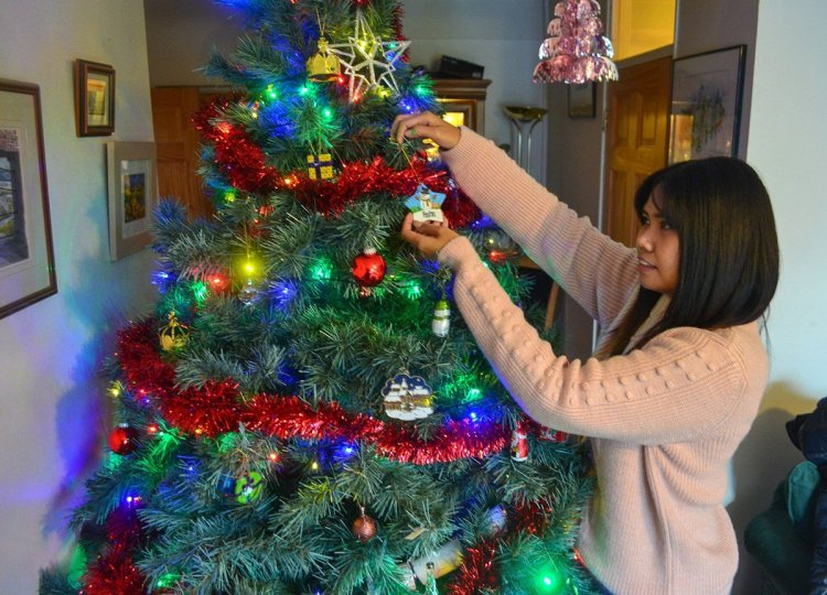 Decorating Christmas Tree,Traditions of Christmas in Northern Ireland, Bangor NI