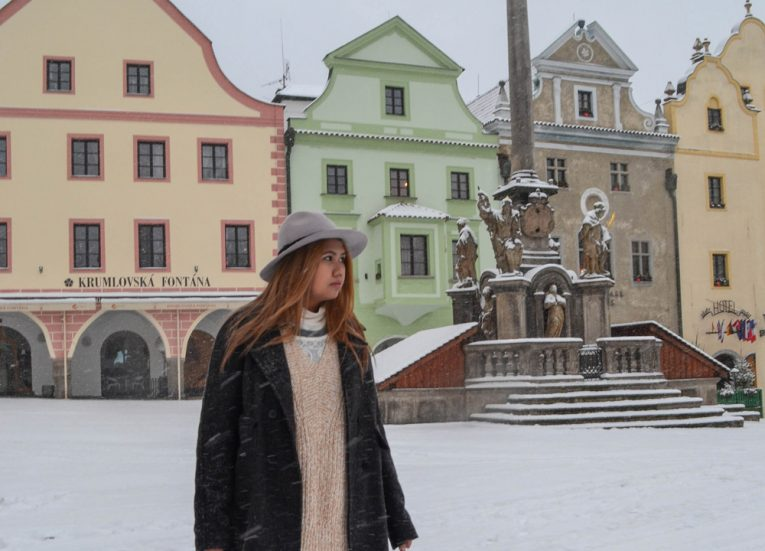 Cesky-Krumlov-Central-Square-in-Snow-Fall-January