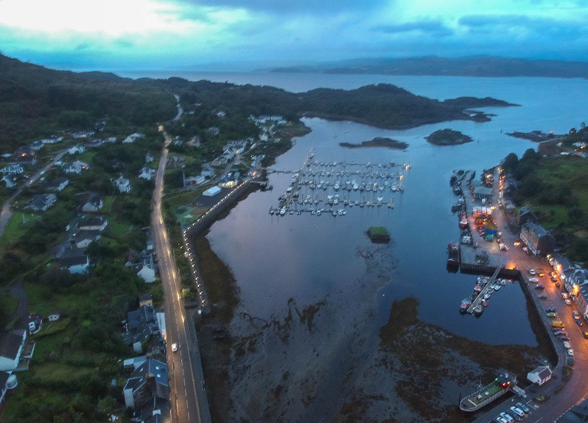Drone-Photos-of-Tarbert-Harbour-and-Fishing-Village-in-Evening-on-Scotland-Road-Trip