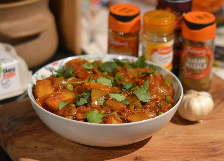Dorty Phall Aloo Potato, Asian Vegetarian Recipes for a Veggie Diet Challenge