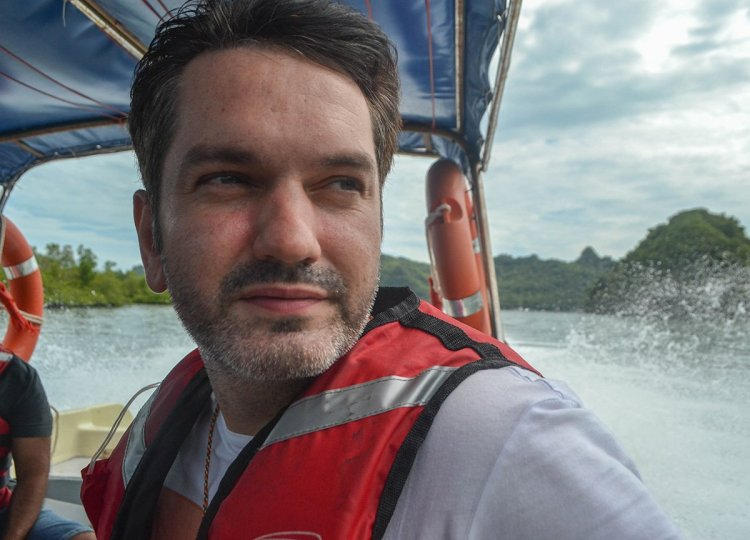 Allan Wilson Travel Blogger from Bangor in Thailand and Asia