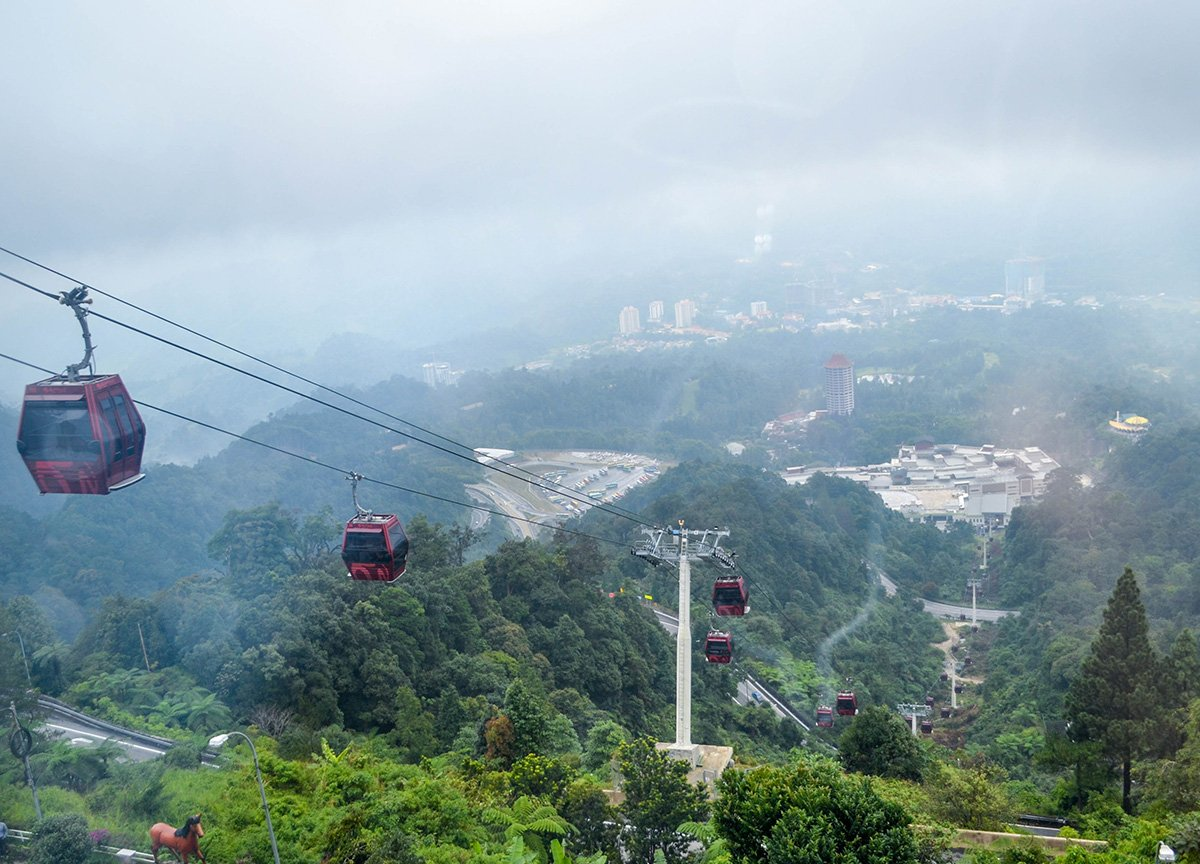 Awana-Skyway-Cable-Car-at-Resorts-World-Genting-Highlands-Malaysia