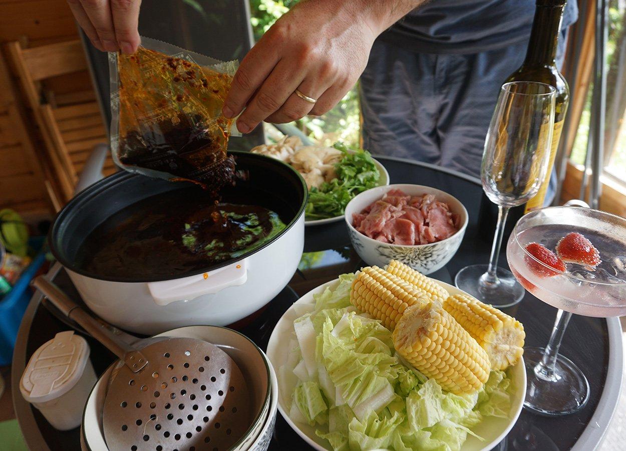 De Zhuang Sichuan Hot Pot Soup Base Eating at Home UK