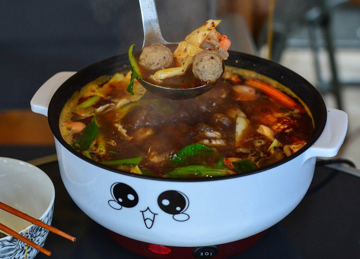 LaoGanMa Sichuan Hot Pot Base. Chinese Szechuan Soups in UK