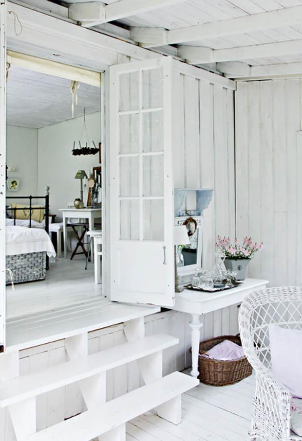 ห้องครัวเล็กๆสีขาว