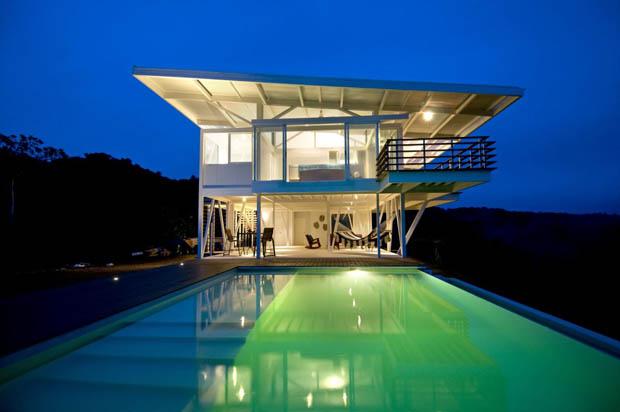 ภาพสระว่ายน้ำสวยๆ สระน้ำในบ้าน