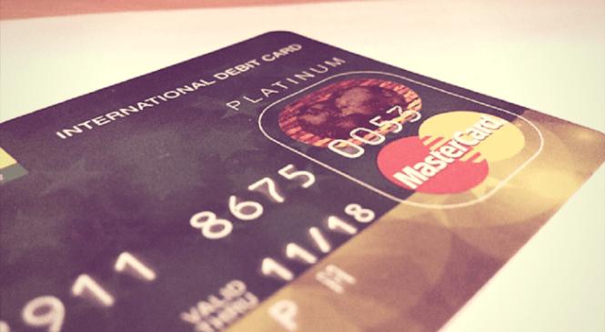 3 powody, dla których warto mieć kartę kredytową Mastercard Travel