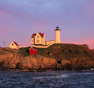 Nubble-light-93055336-33X95