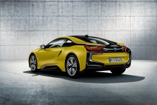 bmw-i8-protonic-frozen-black-yellow-6