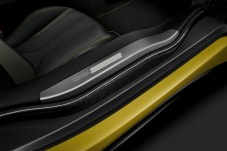 bmw-i8-protonic-frozen-black-yellow-8