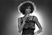 Whitney Houston | ©GettyImages