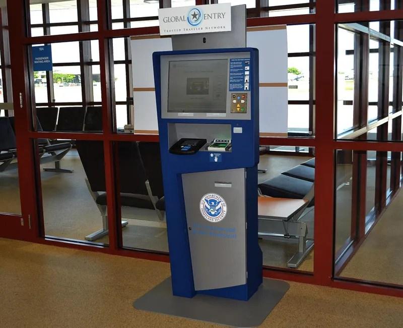 fxe airport global kiosk