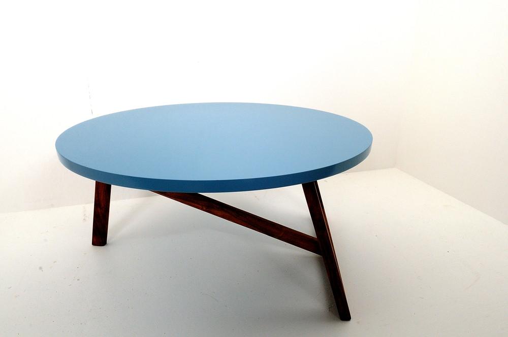 table basse bleue