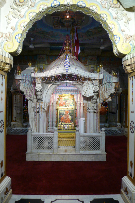 Baps Shri Swaminarayan Mandir Gondal Mandir Information