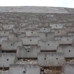 Povestea bucăţii de beton şi a pietricelelor speriate