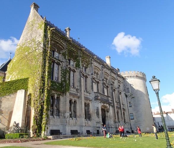 Le chateau comtal à Angoulême