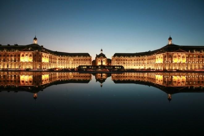 place-bourse-Bordeaux-blog-voyage-bar-a-voyages