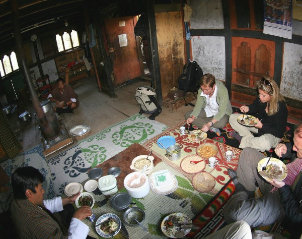 Repas traditionnel au Bhoutan - blog Bar à Voyages