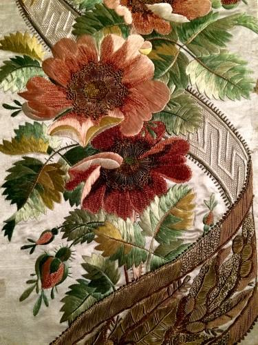 Musée des Tissus de Lyon - Motifs floraux et velours - Bon, bien-sûr si vous n'aimez pas les fleurs c'est compliqué...