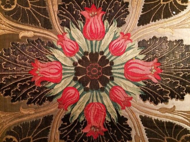 Laize de tenture pour la chambre à coucher de l'impératrice Marie-Louise à Versailles, Maison Bissardon, Cousin et Bony (fabricant) 1815 - Musée des Tissus de Lyon