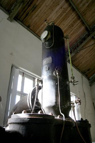 Un monument oublié : l'ancienne usine hydraulique, place du lavoir à Cognac