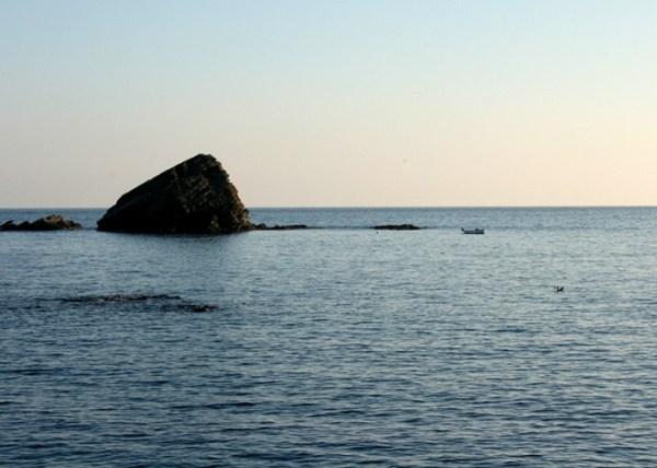 """""""Es Cucurucuc"""", petît îlot rocheux souvent peint par Dali à Cadaquès"""