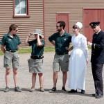 Le personnel du parc assure la visite de Grosse Île en habits d'époque - Québec